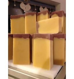 Savon au lait de chèvre (ambre)
