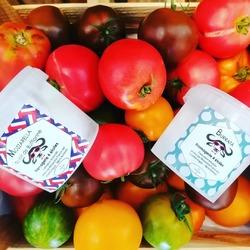 /// Présentation producteur ///Fromagerie les 4 étoiles 🐃C'est la belle saison, les légumes et fruits d'été sont là et aussi les mozzarellas et burratas locales !En effet c'est à Auffargis dans le 78 que se trouve le producteur de ces délices.Le fromager Fabio est un italien qui tient à la qualité et à l'authenticité de ses produits. Il est aidé d'un ancien maître fromager Maurizio. 🇮🇹Les produits ///Le lait vient de la ferme de Viltain et de la ferme de JB Mailier dans les Yvelines.Pour la Mozza le lait de bufflonne est 100 % français et provient du Cantal. 🇨🇵🍶Les burratas sont faites à la main de manière traditionnelle italienne.Les incontournables ///Sur commande nous pouvons avoir de la ricotta, fleur de lait Stracciatella, provola et scamorza !! 🤤🍶🍶🍶🍶🍶🍶🍶#burratas #mozzarella #bufflones #produitsdesyvelines #local #authentique #Ecocinelle boutiqueEpicerie indépendante ouvert du lundi au vendredi : 10h-13h / 15h-19h etle samedi : 9h-13h / 15h-19h12 rue nationale 78940 LA QUEUE LEZ YVELINESTél :09 51 52 49 48----Parking à 20 mètres------N'hésitez pas à liker, partager, commenter et donner votre avis sur google pour nous soutenir !------ #local #vrac #locavore #vracindependant #zerodechet #epicerieindependante #ecoresponsable #zerowaste #antigaspi #yvelines #produitslocaux #produiteniledefrance #laqueuelezyvelines #galluis #montfortlamaury #garancieres #ecocinelle
