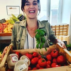 La saison de la tomate/mozza basilic locale a sonné !😋😍Venez vite avant qu'il n'y en ai plus 🍅🥗🕺🏿🍽😇#tomatemozzarella #tomate #mozzarella #local #produiteniledefrance #circuitcourt #healthyfood #locavore #vracindependant #zerodechet #antigaspi #metsdelamozzadanstavie #bufflonne